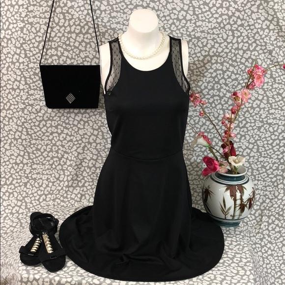 70731fc873e1 H&M Dresses | Hph M Flirty Stretchy Little Black Dresslace | Poshmark